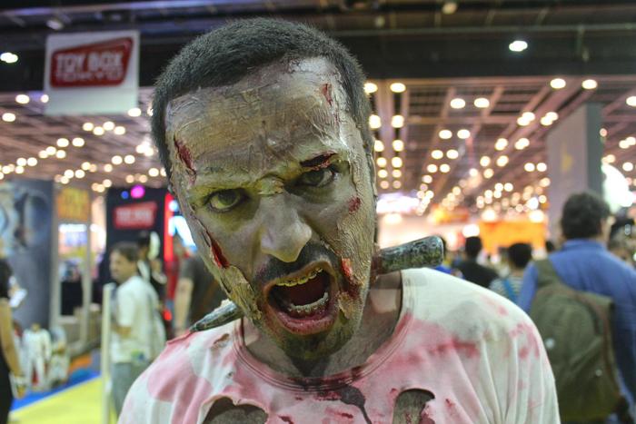 Avec son costume inspiré de Walking Dead, ce cosplayer de Dubaï à fait sensationcrédits : Gaar Adams