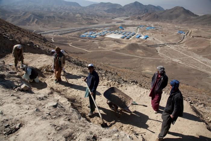 ulyces-afghanmining-04