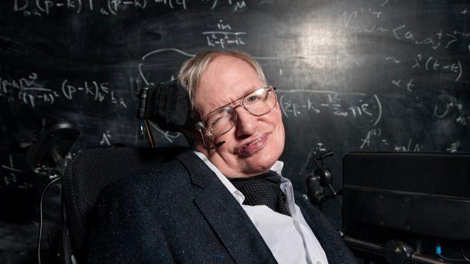 Pourquoi l'humanité doit quitter la Terre le plus vite possible — Stephen Hawking