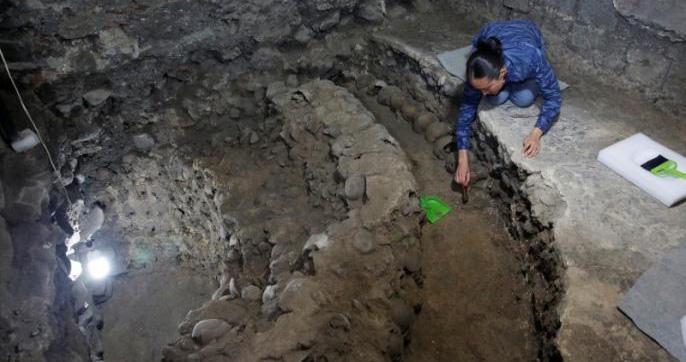 Une tour composée de crânes humains découverte à Mexico intrigue les archéologues