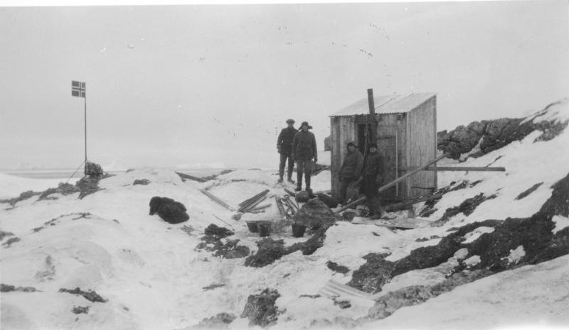 RefugeIl faudra attendre 1929pour qu'un refuge soit construit sur l'îleCrédits :