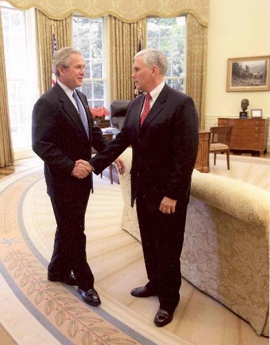 mike_pence_and_george_w-_bush