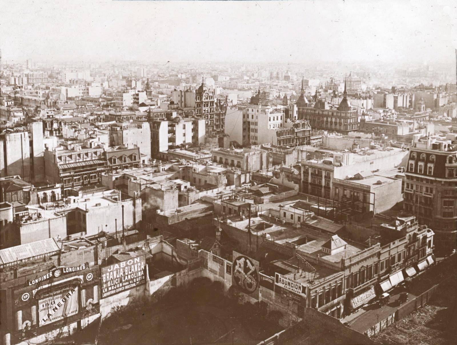 Pendant la Seconde Guerre mondiale, le « baron » vivait dans une maison de la rue Diagonal, à Buenos Aires