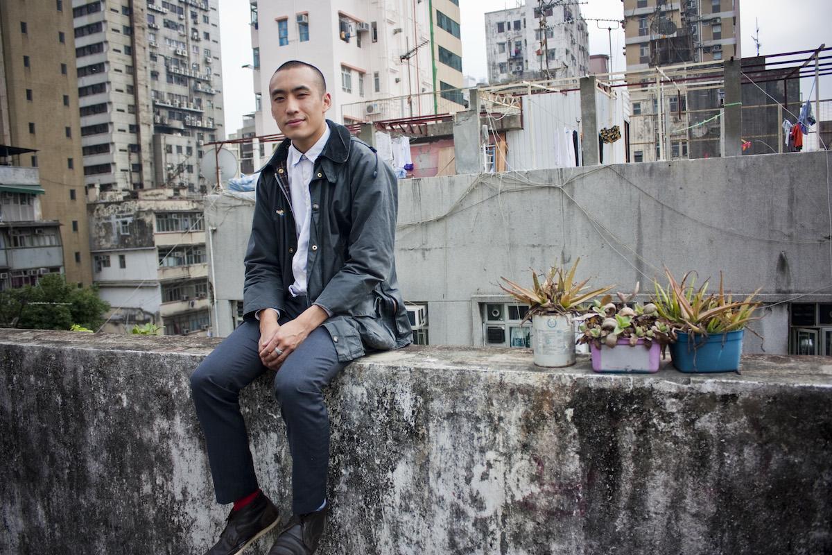 Le designer Michael Leung fait partie d'une communauté d'agriculteurs urbains à Yau Ma Tei © Christopher DeWolf