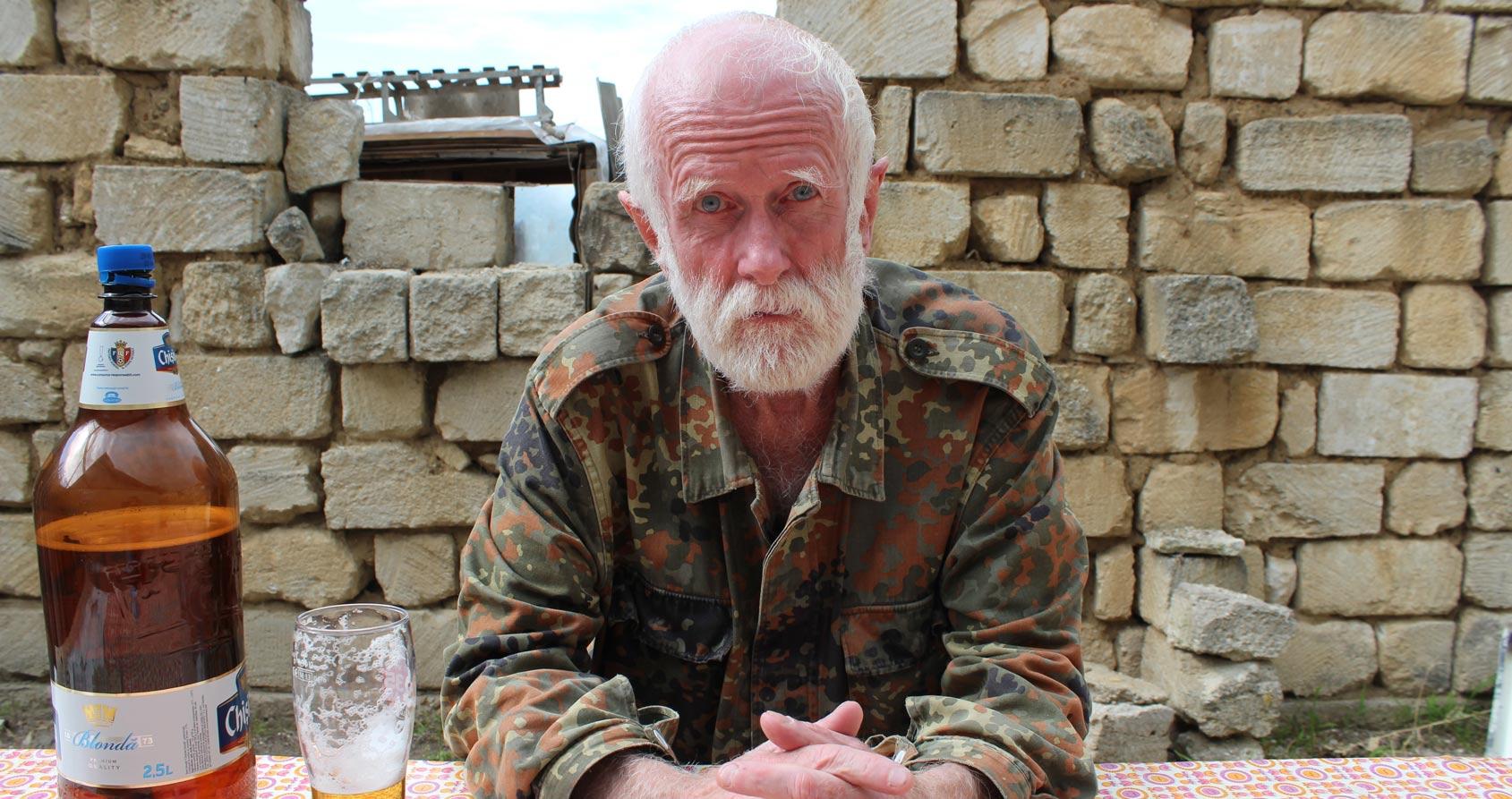 Cet homme a été agent du KGB, pilote de chasse et tourneur pour Police et Depeche Mode, avant de s'exiler en Transnistrie