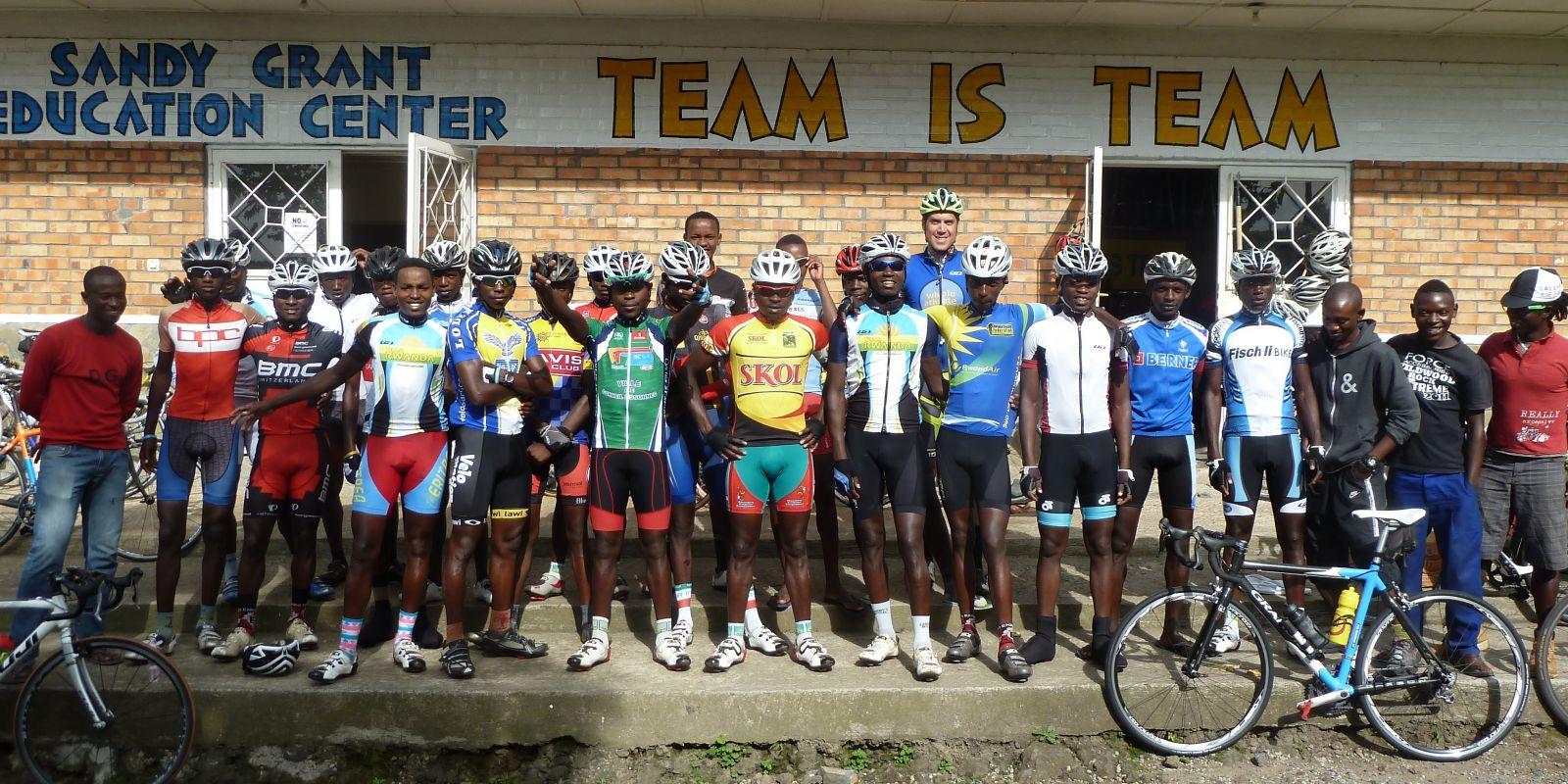 riders1_1600_800_80_s_c1_c_t__1