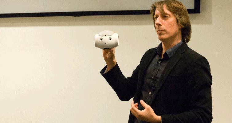 Tony Belpaeme, professeur en systèmes de contrôle intelligents et autonomes à l'université de PlymouthCrédits : Tony Belpaeme