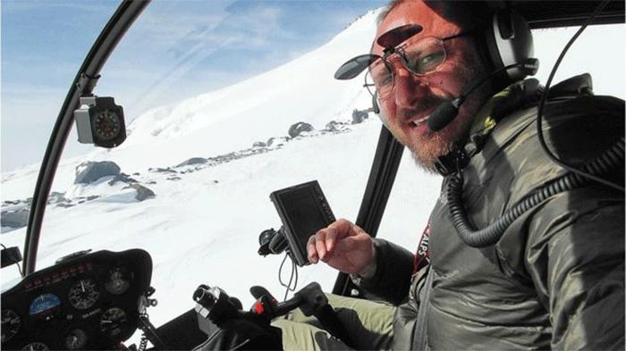 Sergey Ananov dans son hélicoptèreCrédits : Sergey Ananov
