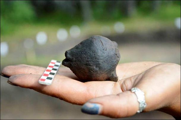 stone-rattle