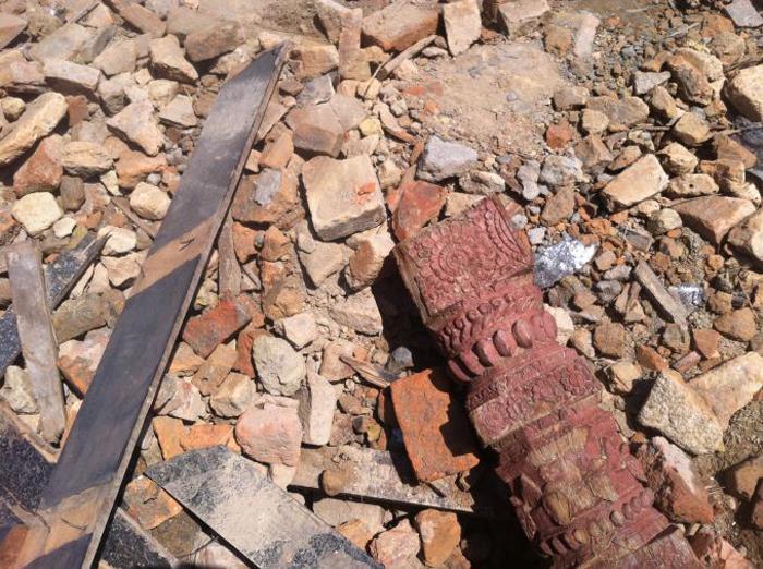 D'anciens débris jonchent le solCrédits : Michael Edison Hayden