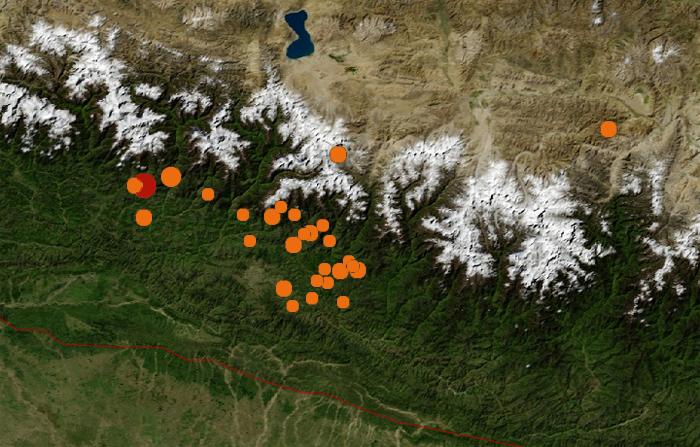 Carte illustrant le séisme qui a touché le Népal et certains de ses répliquesCrédits