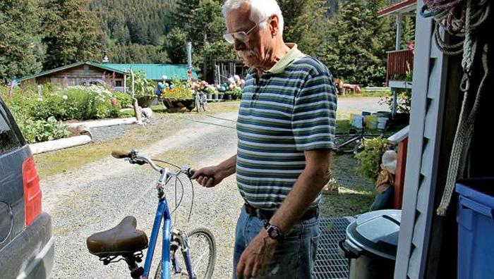 Tobben Spurkland avec un des vélos que François empruntaitCrédits : Brendan Borrell