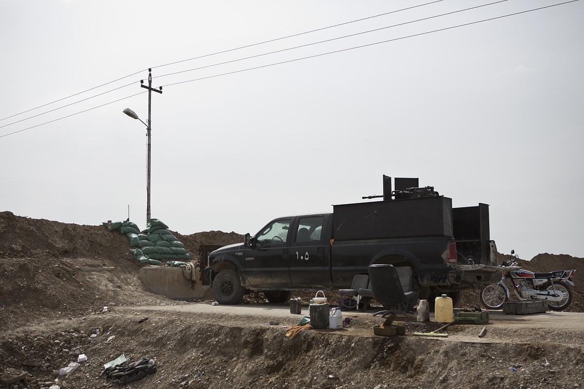 Un camp de combattants turkmènes, à l'extérieur de BashirCrédits : Matt Cetti-Roberts