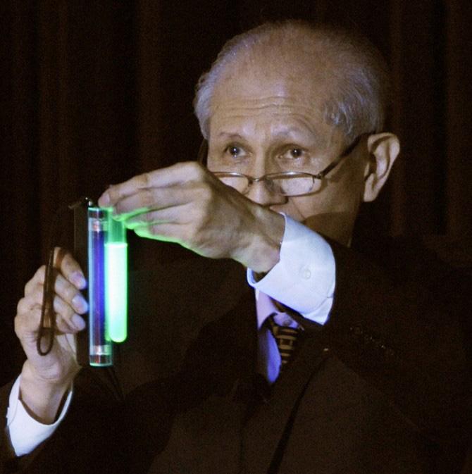 ulyces-bioluminescence-03