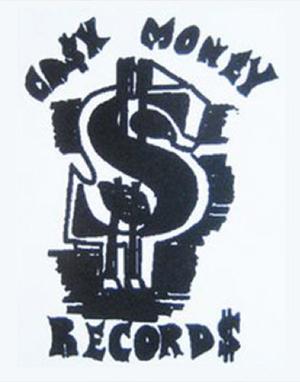 Le premier logo, dessiné par Birdman