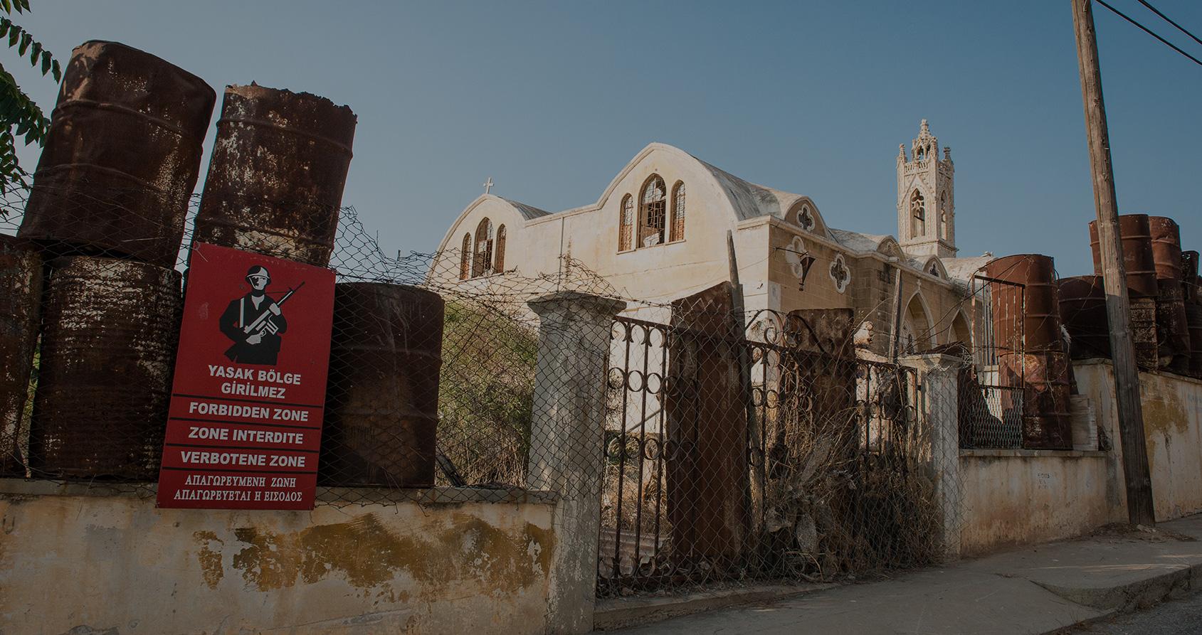 À Chypre, cette ville fantôme incarne le conflit qui divise le pays