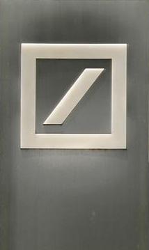 ulyces-deutschebank-01