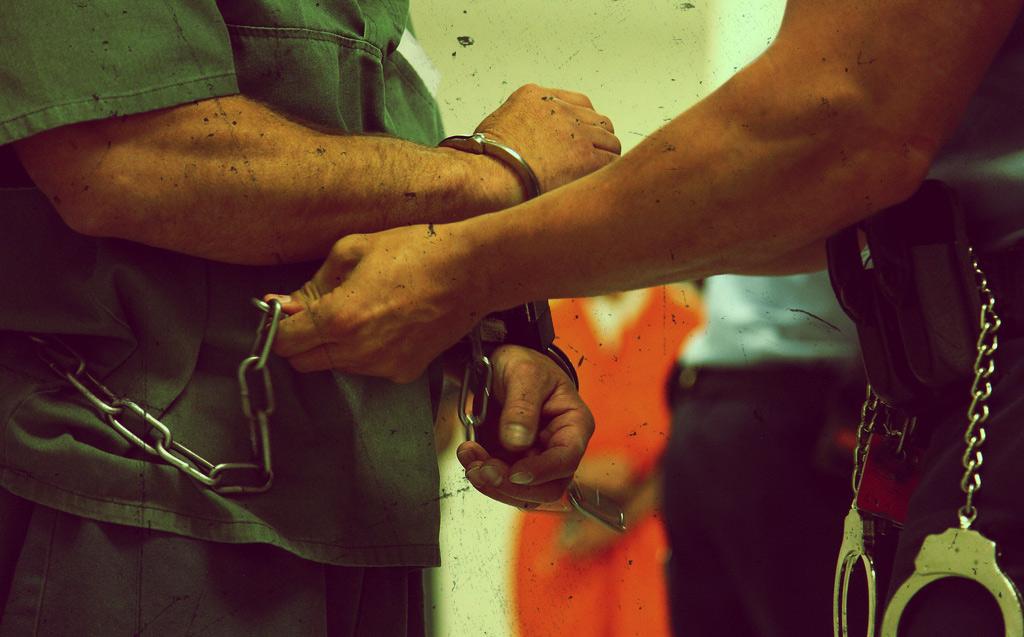 ulyces-drugprison-05