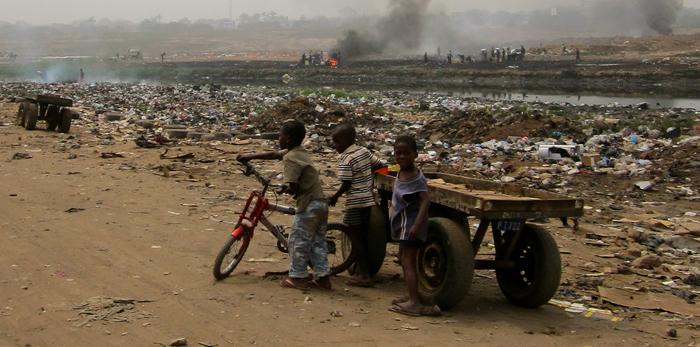L'eau en sachet pose également le problème de la pollutionCrédits : Wikipedia