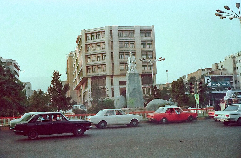ulyces-iranrevolution-06