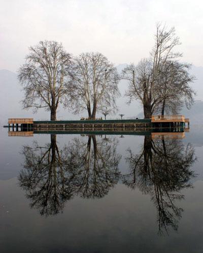 Reflets magiques Lac Dhal, Srinagar Crédits : Henry Wismayer