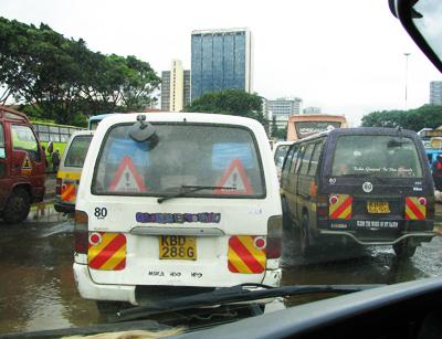 Les matutus sont les bus de NairobiCrédits