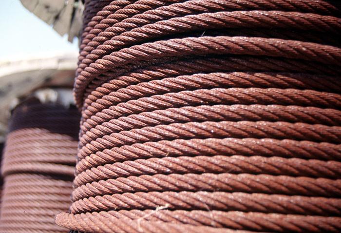 Des câbles de remorquage de bateauCrédits : USCG
