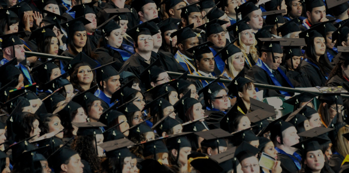 La remise des diplômes est une étape importante aux Crédits : Joel Salazar