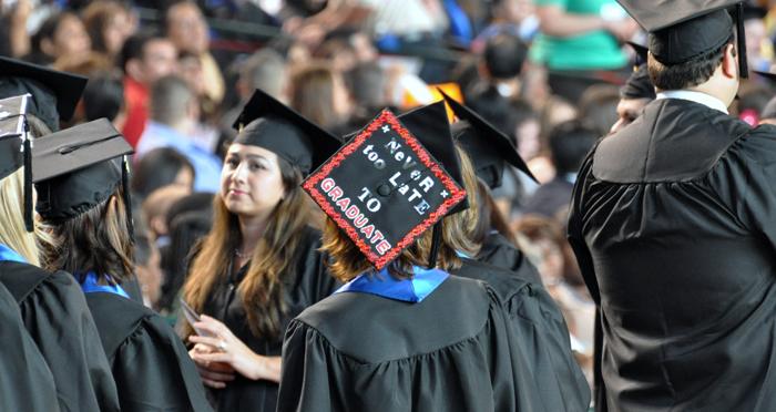 Les étudiants de U.H. entrent dans la vie active Crédits