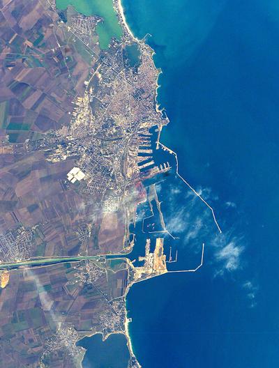 Constanta est une ville portuaire de Roumaine sur les côtes de la mer Noire<Crédits : Google Earth