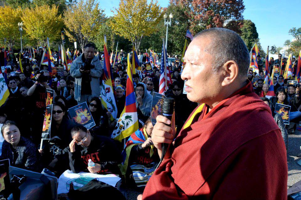 ulyces-tibetprotest-02