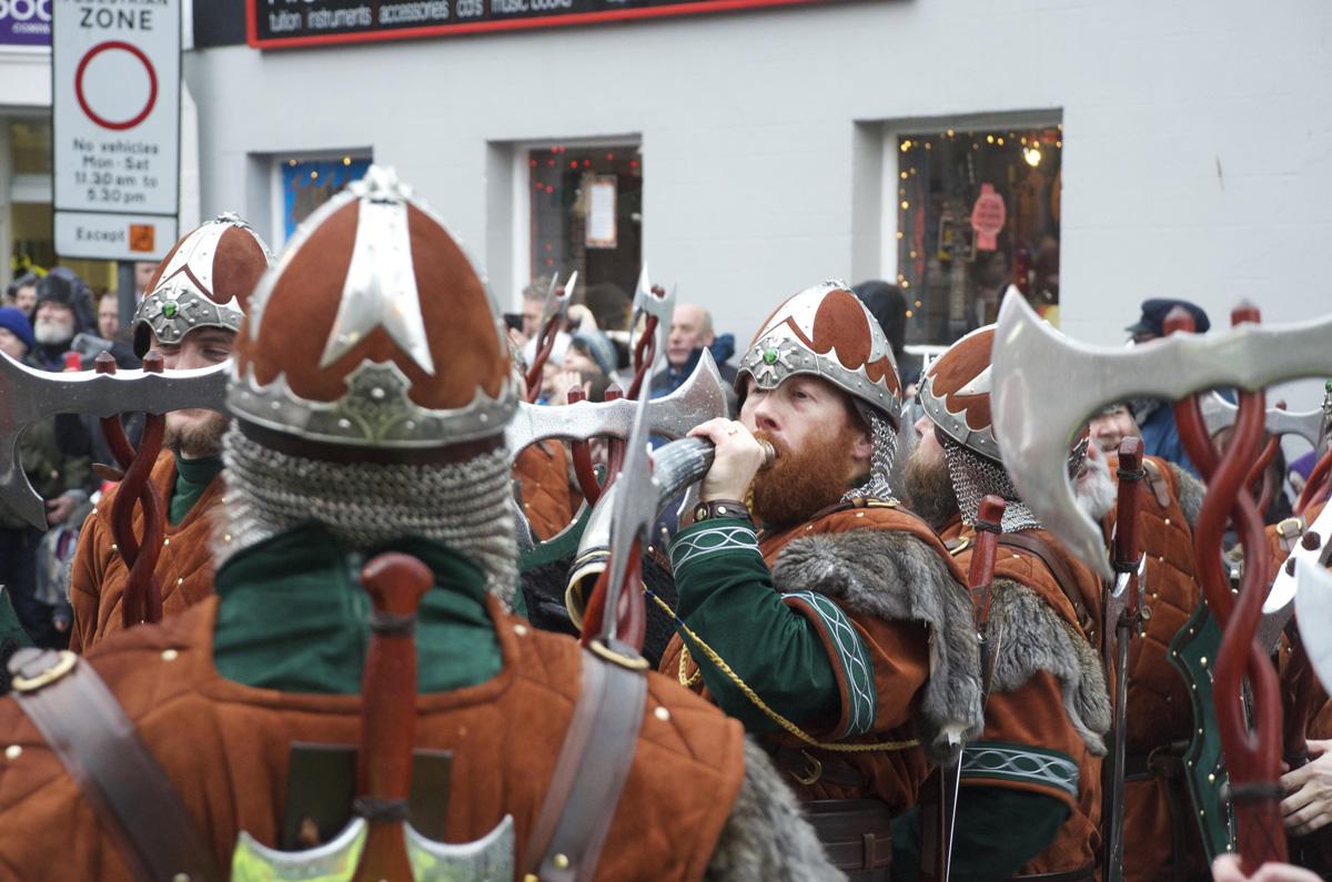 ulyces-vikingshetland-04