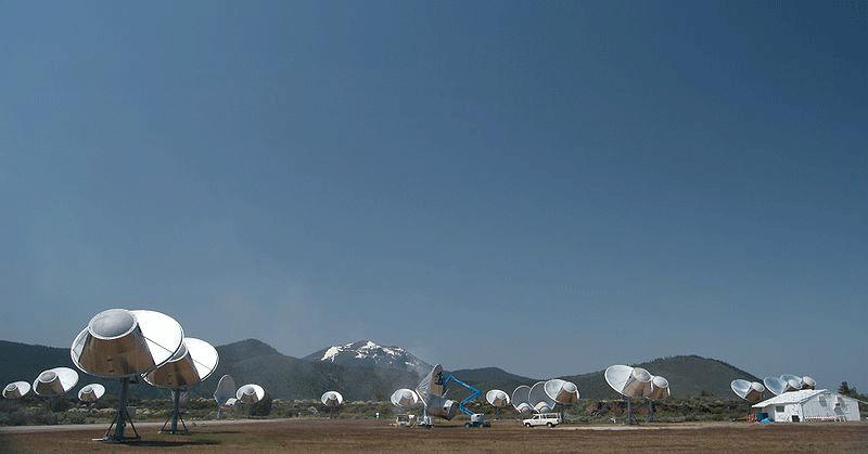 Le Allen Telescope Array, projet commun de l'institut SETI et du laboratoire de radioastronomie de BerkeleyCrédits : Wikipédia