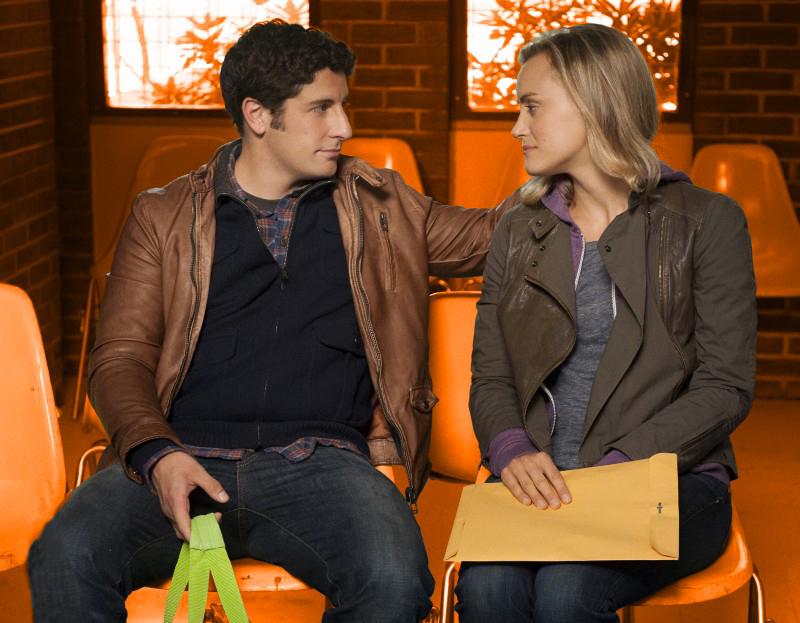 Les personnages Larry Bloom et Piper Chapman dans Orange Is The New BlackCrédits : Ryan Pfluger