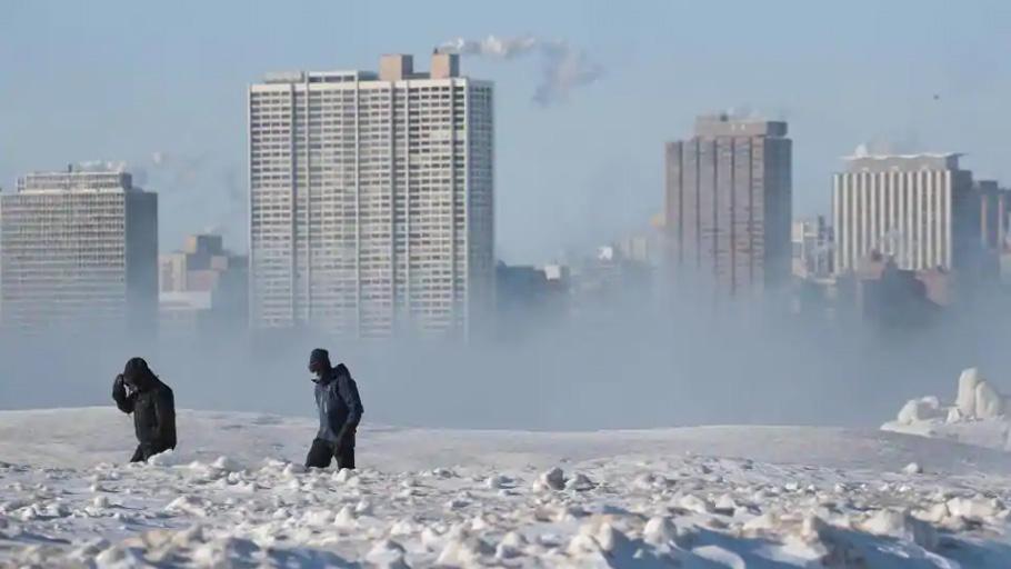 Une Américaine offre 30 chambres d'hôtel aux SDF de Chicago — Vague de froid