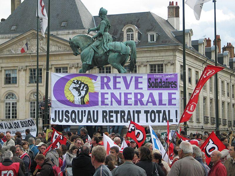 800px Manifestation 16 octobre 2010 Orl%C3%A9ans   banni%C3%A8re SUD