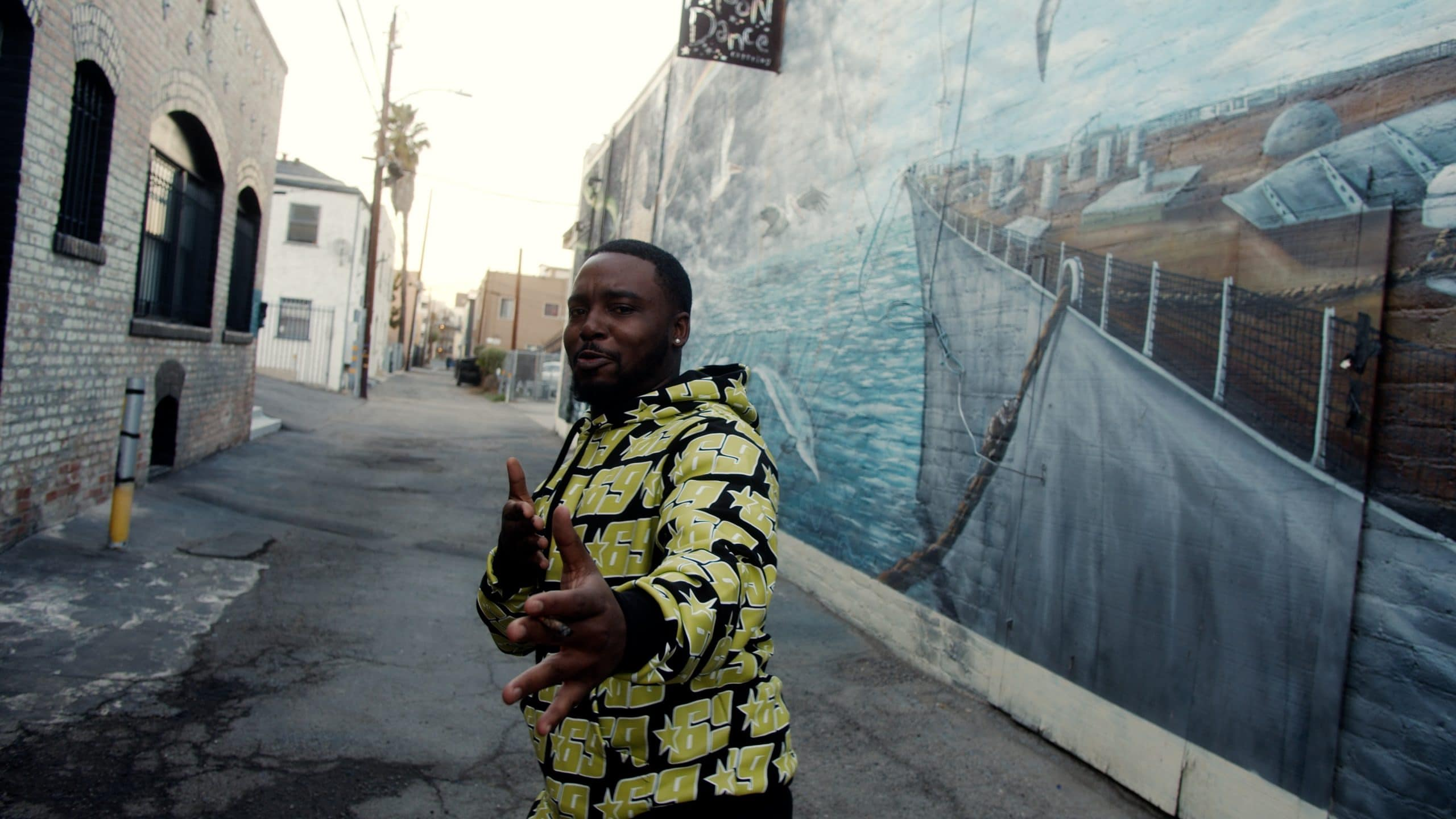 À Long Beach, le rap West Coast et élégant de Joey Fatts